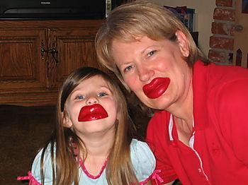 Mom-and-kiara